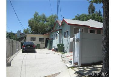 Great Silver Lake Duplex Opportunity – Low $700′s