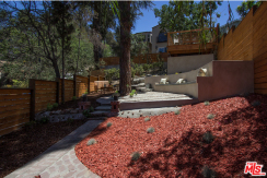 Fabulous Home In The Heart of Tranquil Silver Lake