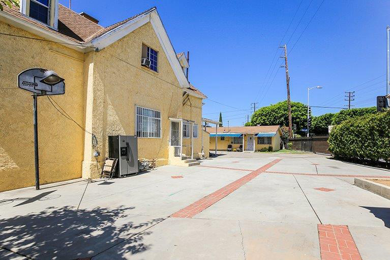 Great Deal Alert – Triplex in Glassell Park