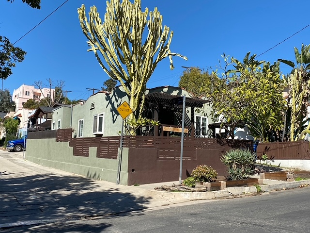2 bed 1 bath house in Prime Echo Park for under $1 million
